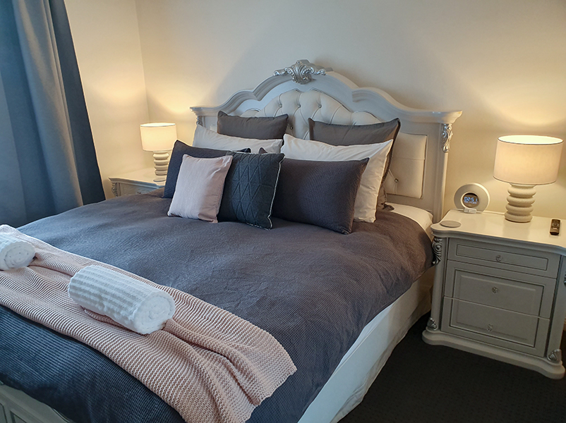 hahndorf wedding venue brook cottage bedroom