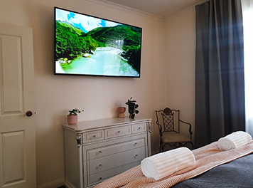 hahndorf wedding venue and accommodation brook cottage bedroom