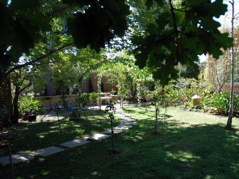hahndorf wedding venue garden sitting area