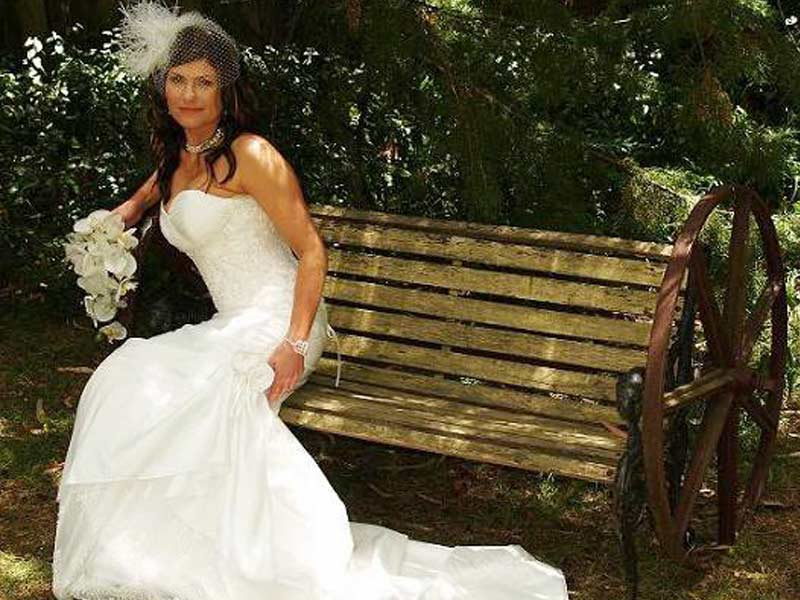 hahndorf wedding venue bride in garden