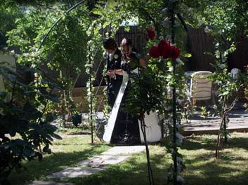 hahndorf wedding venue garden reception